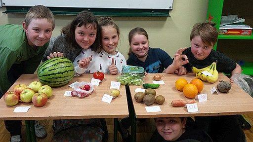 klasa 5 w sklepie warzywno owocowym