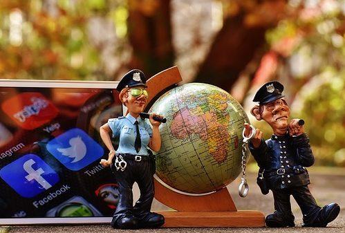Policjanci odwiedzili szkołę – 8.11.2017 r